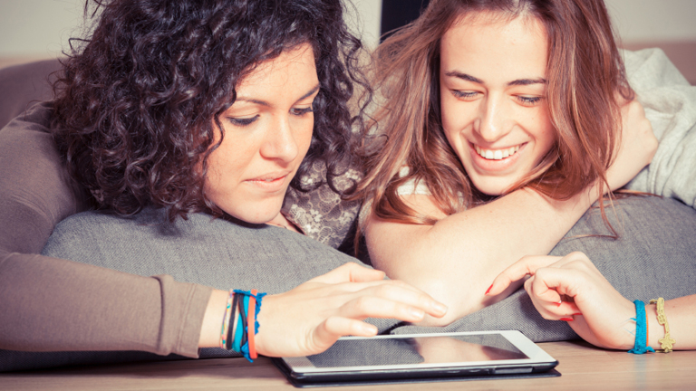 Adolescentes y tablet tecnologías